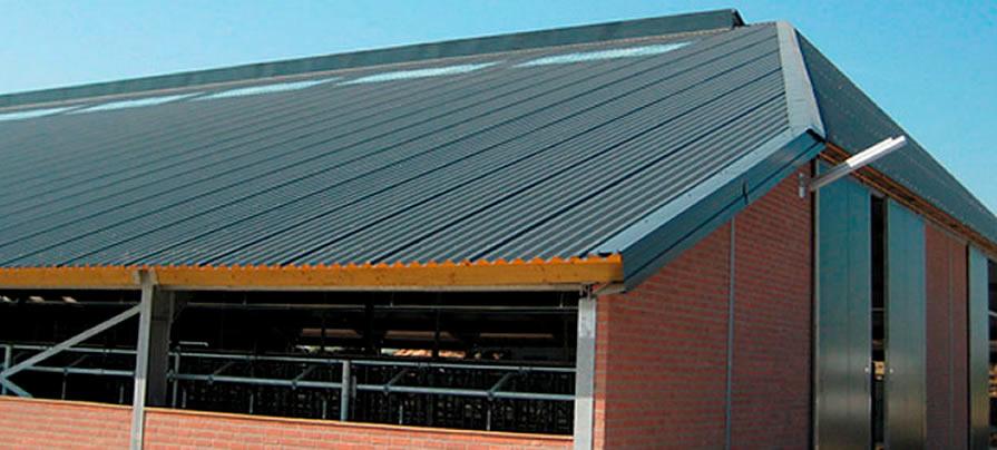 Nowoczesna architektura płyty warstwowe, płyty termoizolacyjne, płyta poliuretanowa HC08